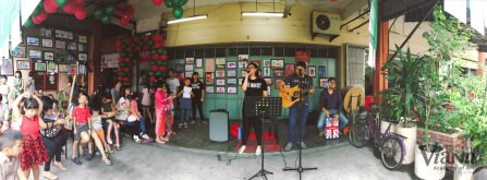 Theresa Toh Singer Vocal Trainer Pop Music Vocal Trainer at Viana Academy of Art Batu Pahat Johor Malaysia 峇株巴辖 维也纳艺术学院 柔佛 马来西亚